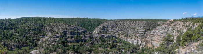 Rim trail in Walnut Canyon, AZ